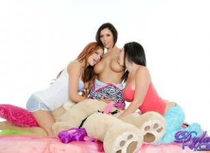 Wet Dream Threesome